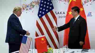 President Trump Waffles On Hong Kong Democracy Bill Amid China Trade Talks