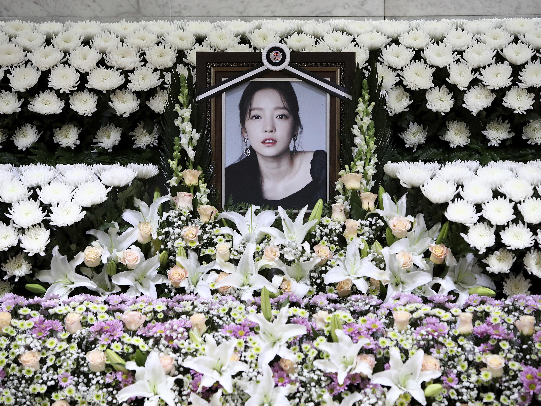 South Korea Mourns Death Of K Pop Star Goo Hara  NPR