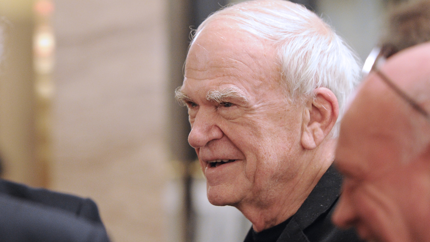 Milan Kundera's Czech Citizenship Is Restored After 40 Years