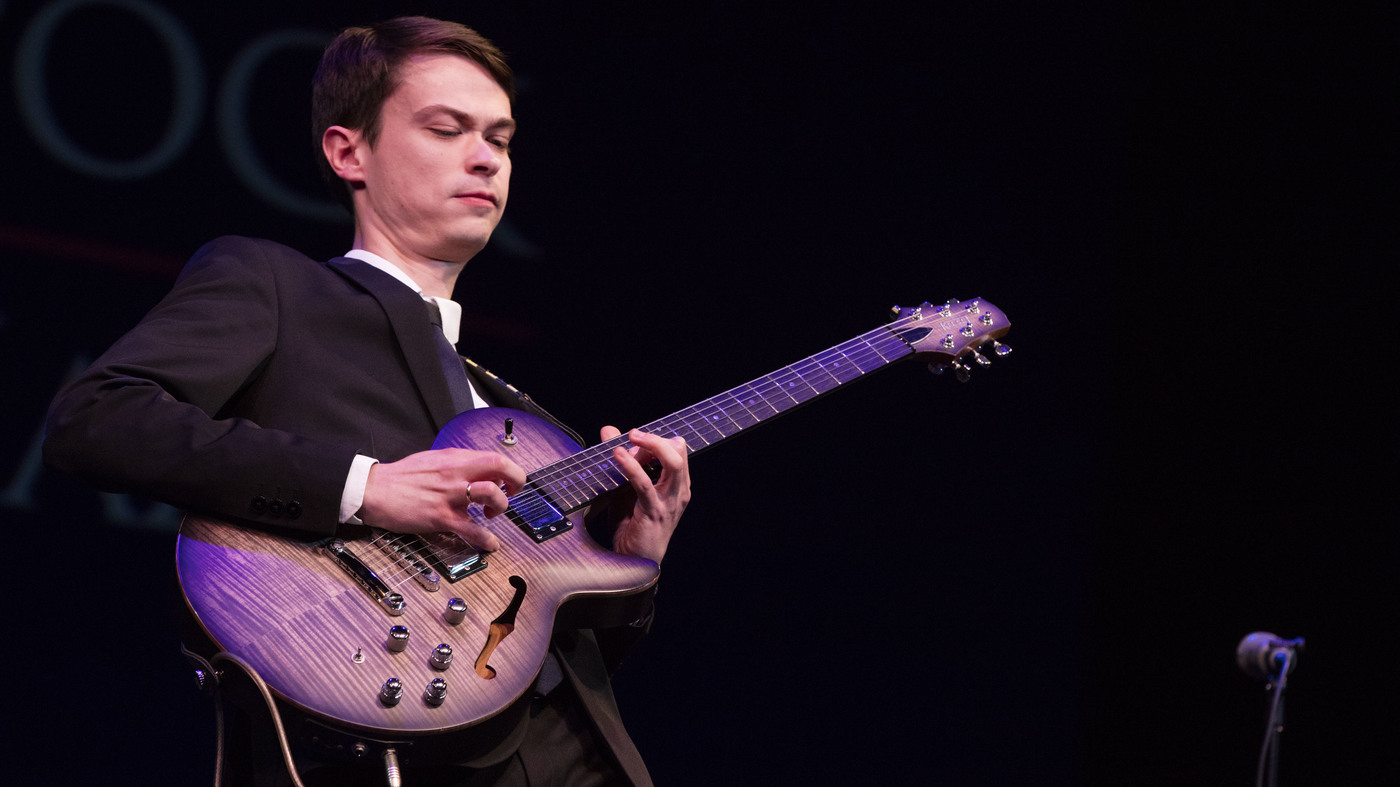 Evgeny Pobozhiy, Russian Prodigy, Wins International Jazz Guitar Competition