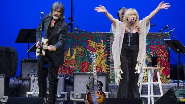 Larry Campbell & Teresa Williams on Mountain Stage.