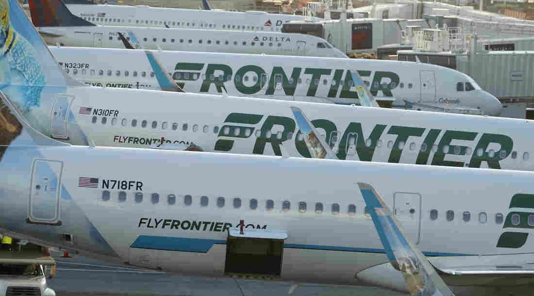 Westlake Legal Group ap_19255788337144_custom-9149d26bd3cc78680464b91d57cba4df974de922-s1100-c15 Flight Attendants, Pilots Say Frontier Discriminated Against New Moms