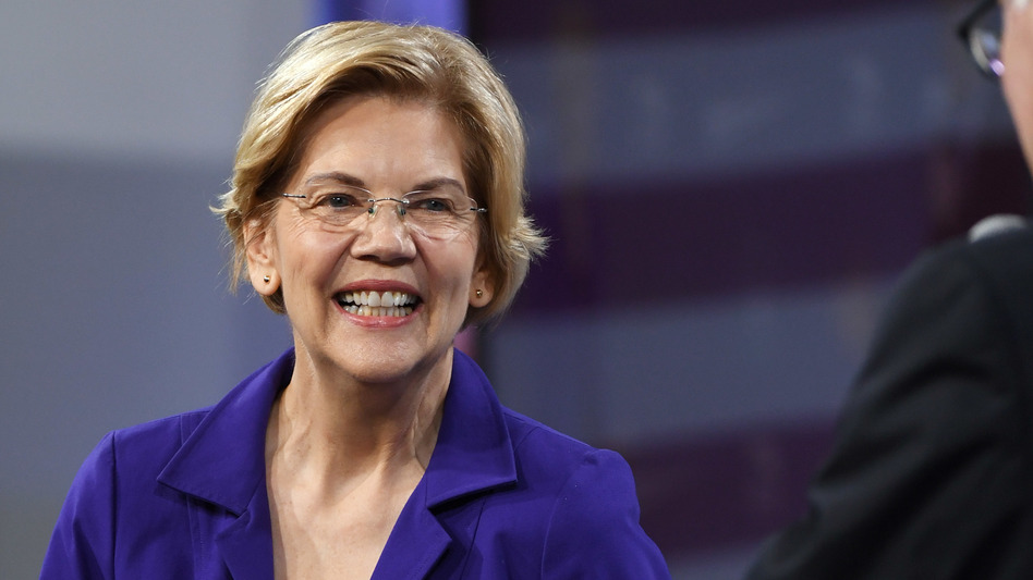Sen. Elizabeth Warren, D-Mass., received top marks from the progressive grassroots organization Indivisible's rankings of the Democratic presidential candidates released on Wednesday. (Ethan Miller/Getty Images)