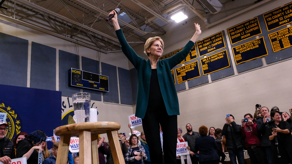Presidential candidate Elizabeth Warren addresses her supporters in Manchester, N.H., at a Nov. 23 event. (Preston Ehrler/SOPA Images/LightRocket via Getty Images)