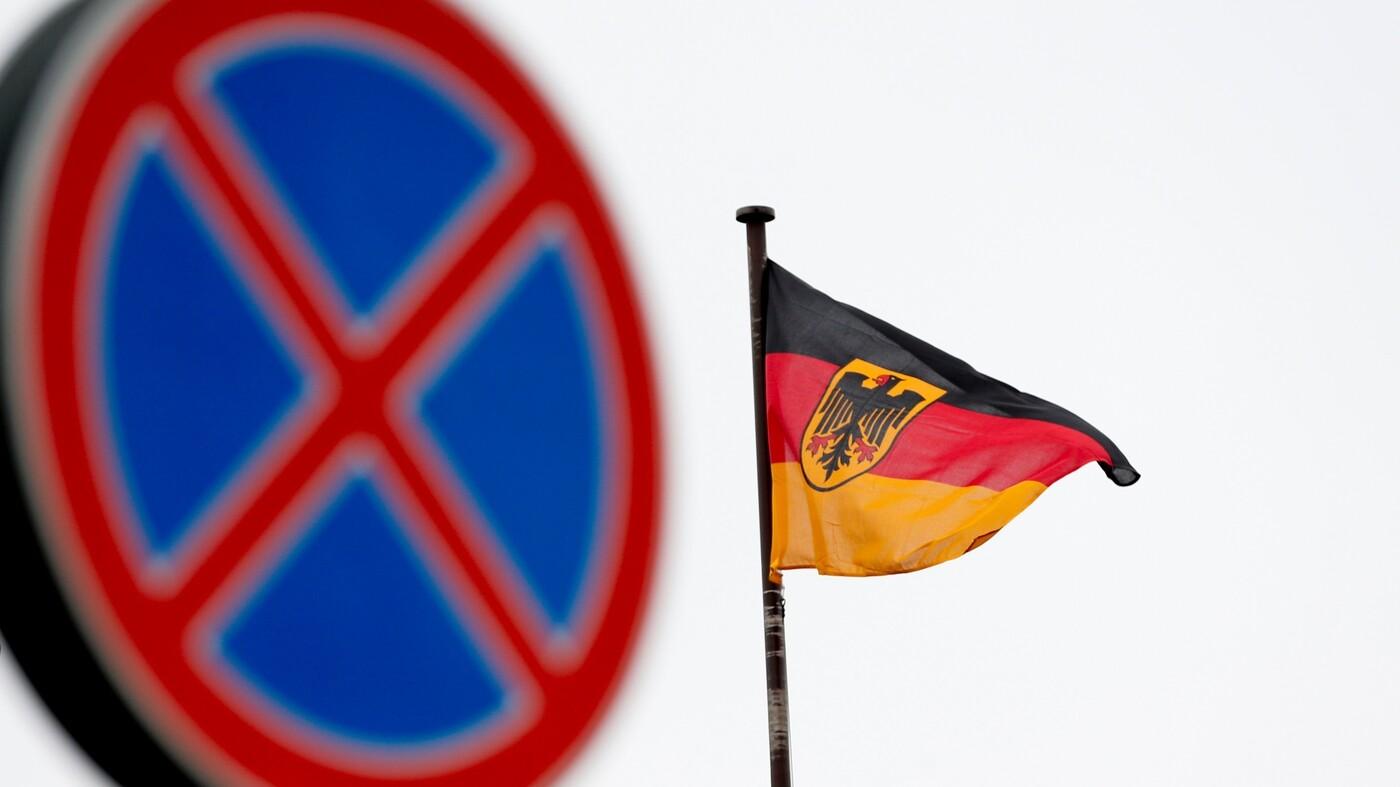 Russia Expels 2 German Diplomats In Deepening Quarrel Over Murder Probe : NPR