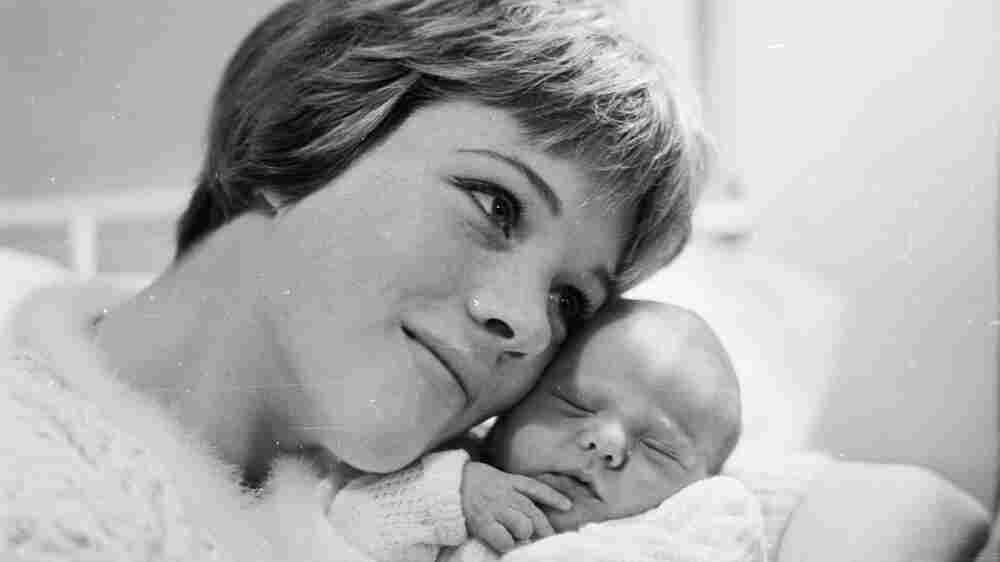 When Mom Is Mary Poppins: Julie Andrews Writes Memoir With Her Daughter