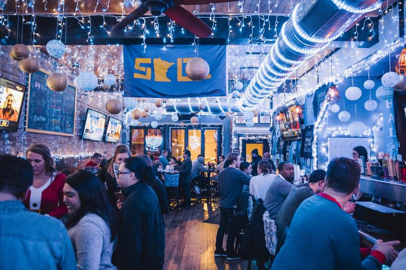 Chicagoans Pack New Hanukkah Pop-Up Bar This Holiday : NPR