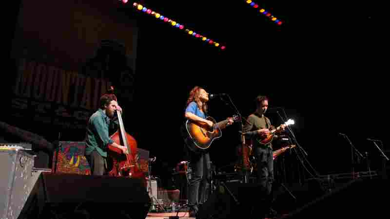 Mandolin Orange On Mountain Stage