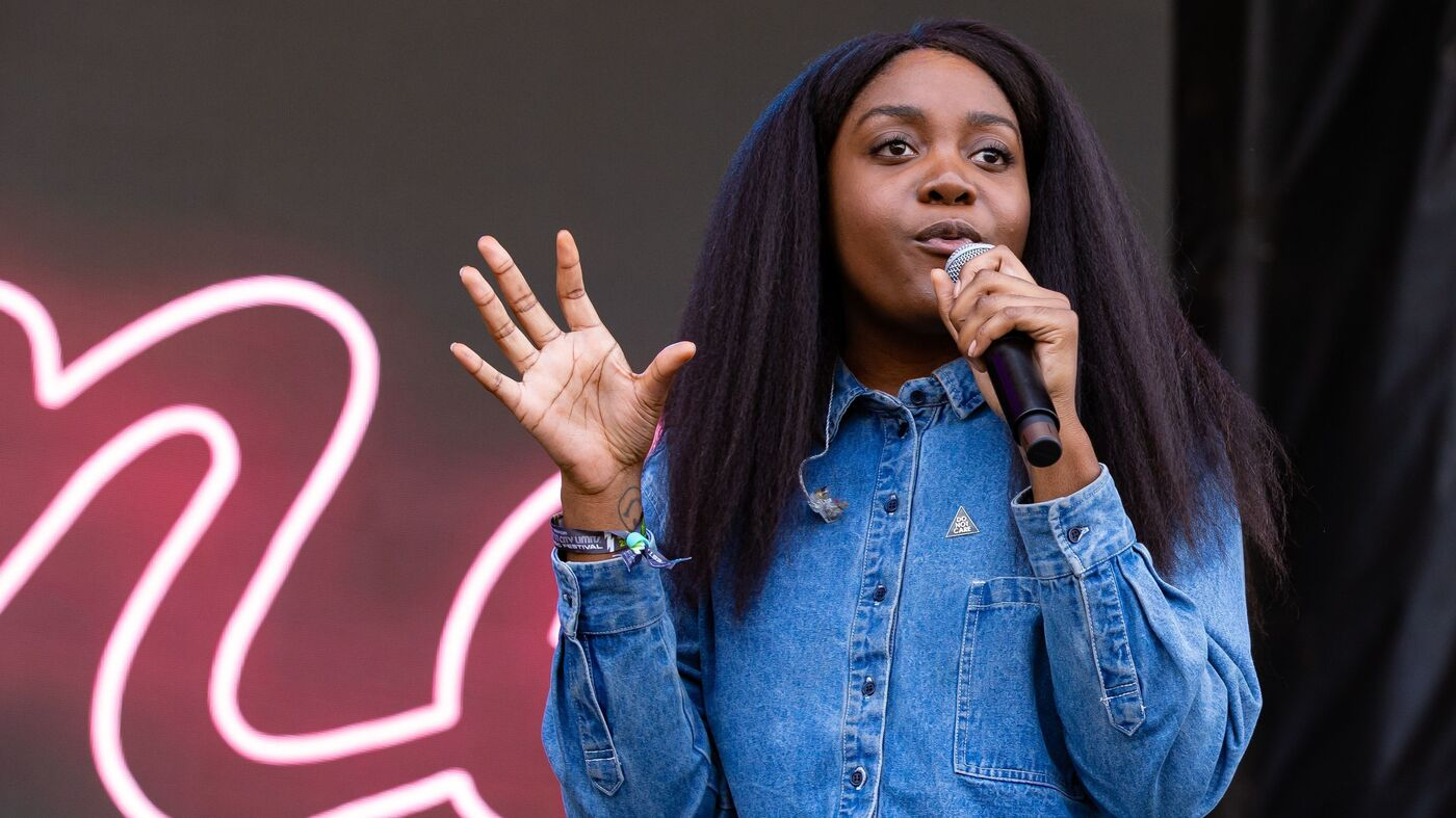On Jan. 11, Rapper Noname Wants You To Register For A Library Card