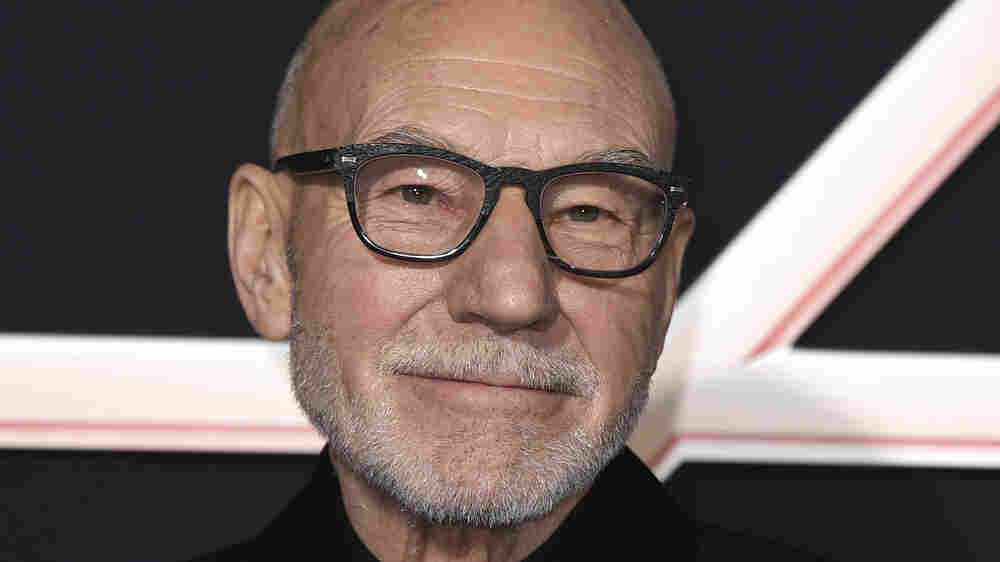 Patrick Stewart Didn't Want To Reprise Captain Picard In A Post-Brexit World