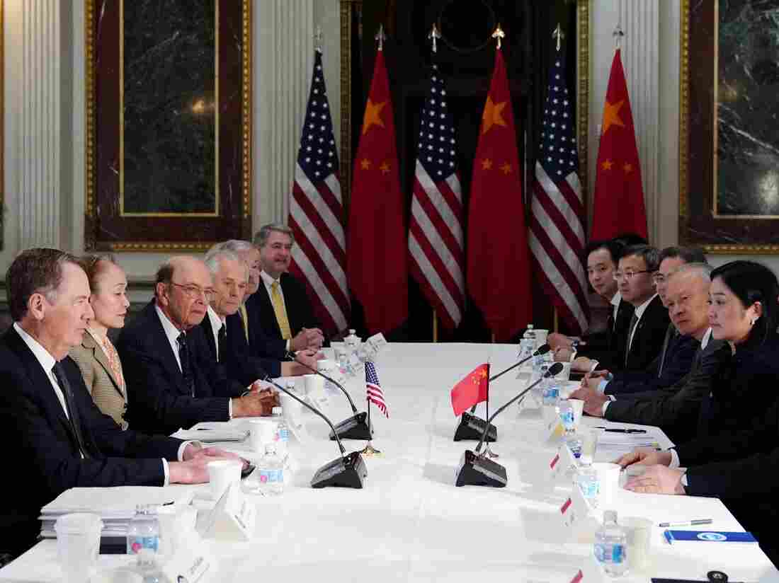 US Trade Representative Robert Lighthizer takes part in US-China trade talks with China's Vice Premier Liu He (Photo by MANDEL NGAN / AFP) (Photo credit should read MANDEL NGAN/AFP via Getty Images)