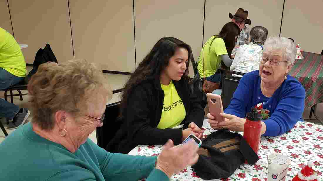 Westlake Legal Group kendra-gonzales-coaching-linda-haverty-1_wide-16bfd22b1538d9a7218bd0a0dab7bb6228d15e3a-s1100-c15 Youth Teaching Tech To Seniors Fosters Generational Connections