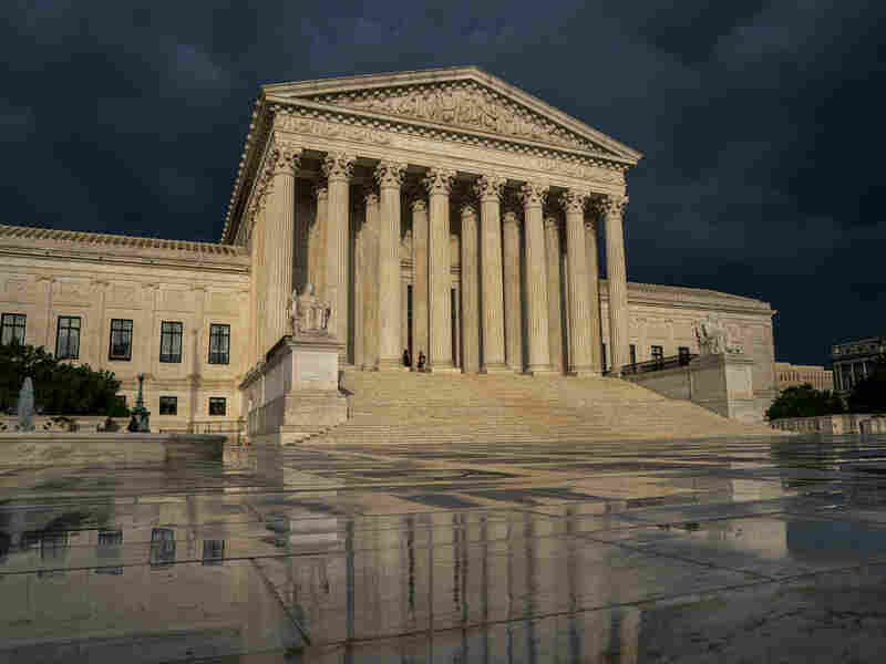 Westlake Legal Group ap_19277530333136-b777c3d346e17643fa49d75698af0959e4798058-s800-c15 Supreme Court Takes Up Birth-Control Conscience Case