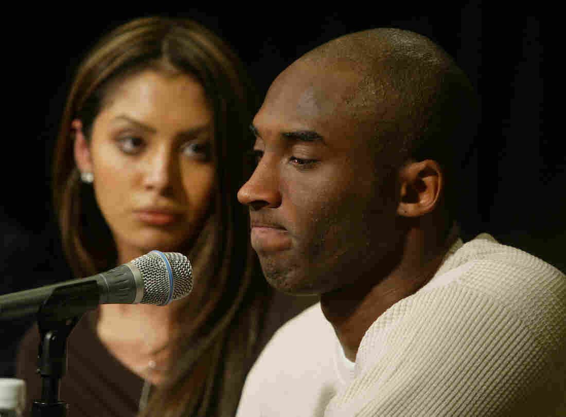 Westlake Legal Group gettyimages-2203507_custom-7953a78e9cc5e068d71b20128de7c151b1853194-s1100-c15 Basketball Legend Kobe Bryant And Daughter Gianna Die In Helicopter Crash