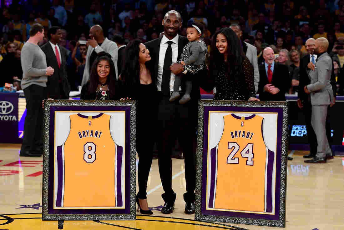 Westlake Legal Group gettyimages-895194666-12_custom-ed7e497cce53e1c9976530c855e5f88051731f85-s1100-c15 Basketball Legend Kobe Bryant Dies In Helicopter Crash At 41