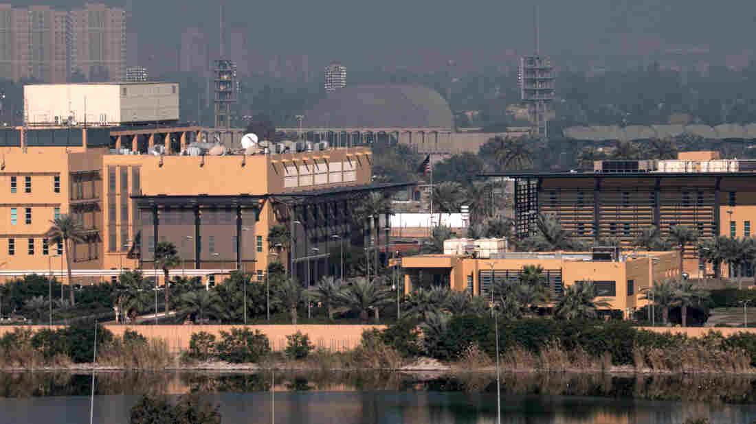 Westlake Legal Group us-embassy-baghdad_wide-7deafa6497a45e434d0fce5fafe9c4a1011c72ba-s1100-c15 Mortar Attack Damages Part of U.S. Embassy Compound In Baghdad