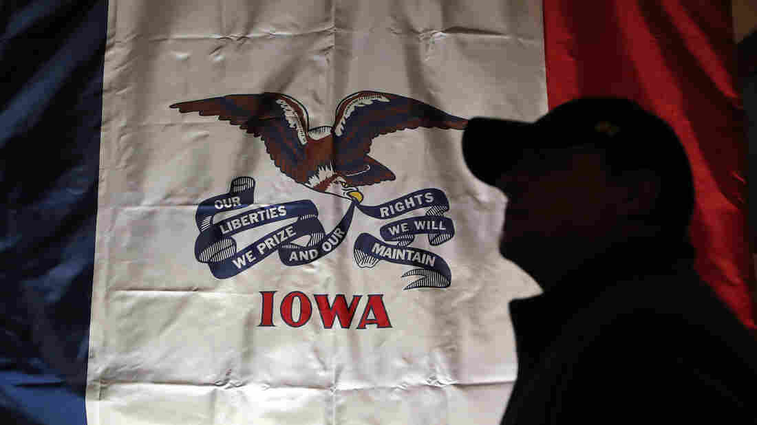 Westlake Legal Group ap_19186610344414_wide-7396a8cd9dd8e870767e5f4110cc2490ad6a20db-s1100-c15 How The Iowa Caucuses Work — And Why They're Important