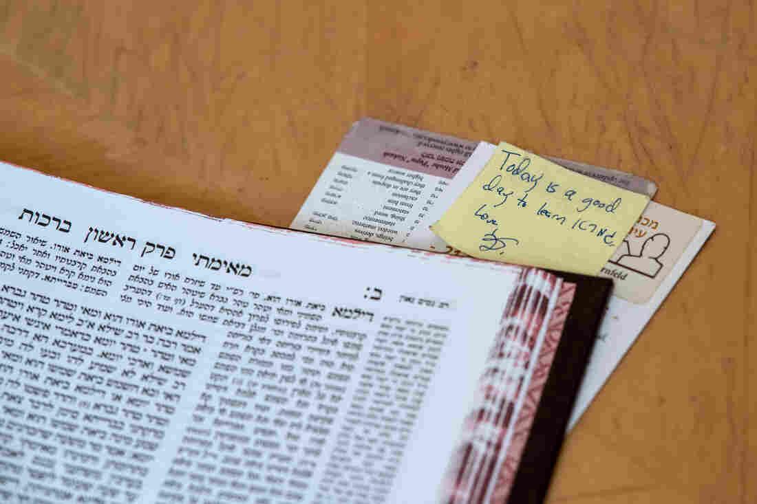 Westlake Legal Group _hat0857_slide-29d5ae5fd1dda655ddcd9f661124988e6ac5697b-s1100-c15 Orthodox Jewish Women Take A New Lead In Talmud Study In Israel