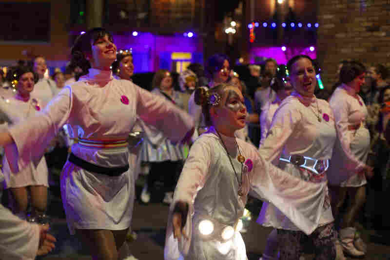 The Leijorettes sub-krewe includes roughly 100 Princess Leia lookalikes performing dance routines to Star Wars music.