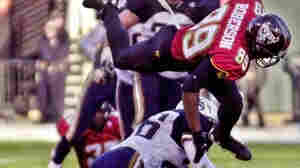 The XFL Aims To Capitalize On Spring Football With 9-Point Touchdowns, Other Oddities