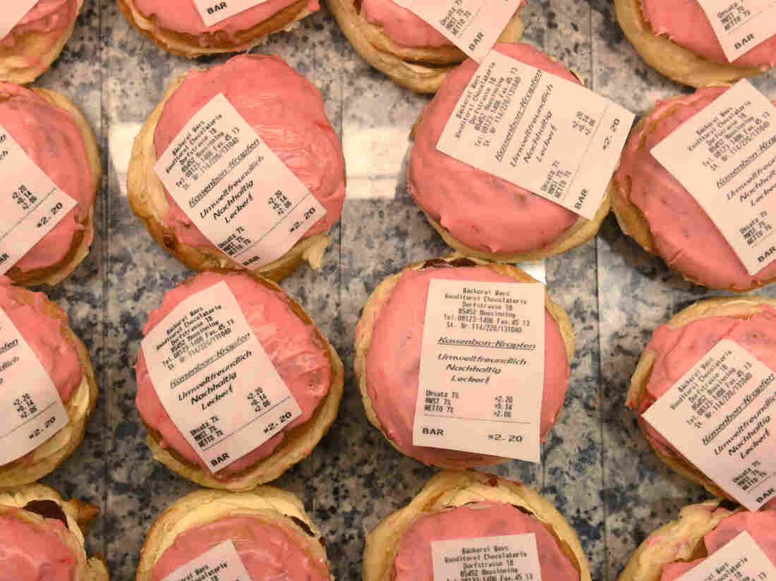 Westlake Legal Group gettyimages-1196446184-c8676adfd84e06afc1b3c00ebe81627e1f57bc4a-s1100-c15 Germany Has A New Receipt Law — And Bakeries Are Getting Sweet Revenge