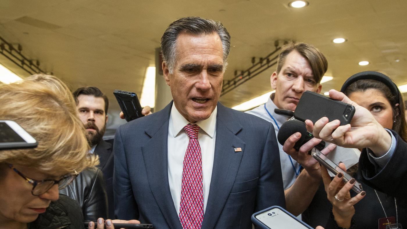 Trump Blasts Romney Over Impeachment Vote