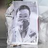 China vai investigar após a morte do médico denunciante devido ao coronavírus