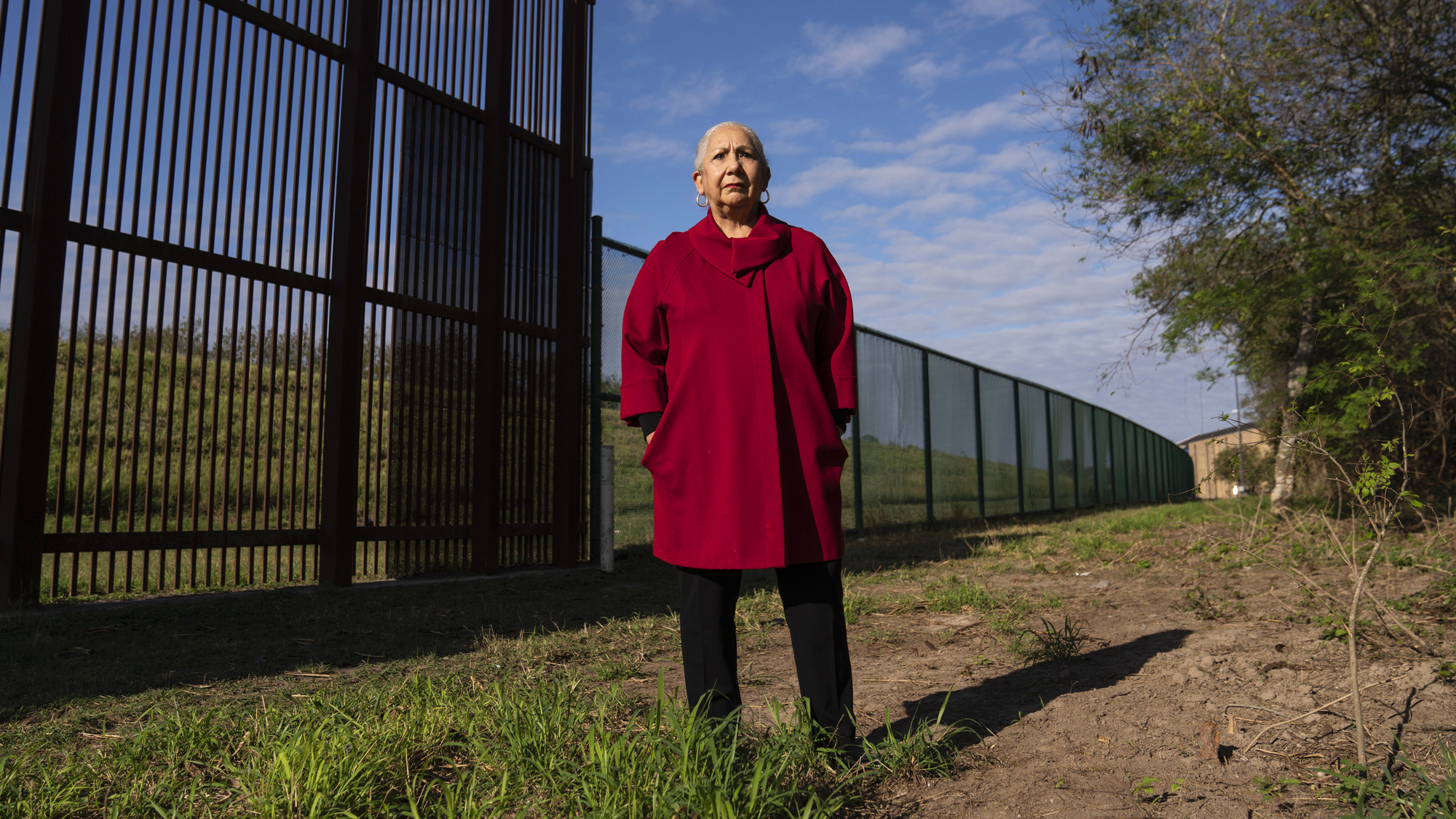 Between President Trump's border wall and the Rio Grande lies a 'no man's land'