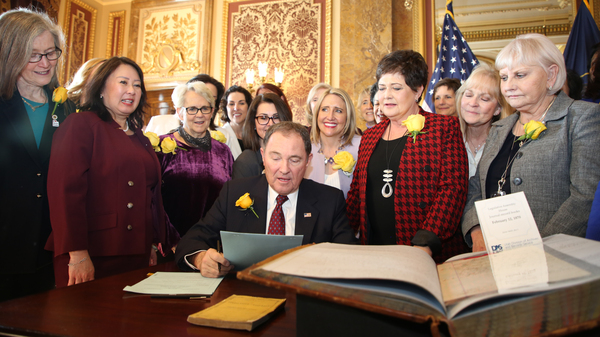 Utah Gov. Gary Herbert signs bill honoring the state