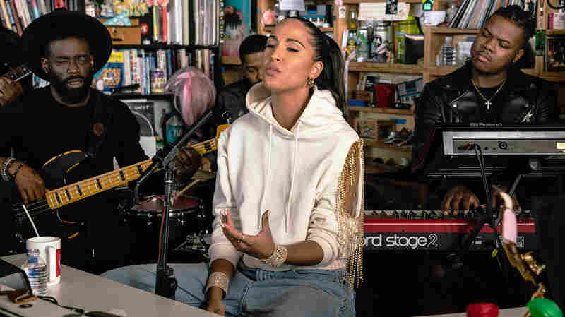 Snoh Aalegra: Tiny Desk Concert
