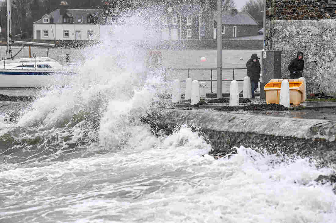 United Kingdom  battered by storm for second weekend in a row