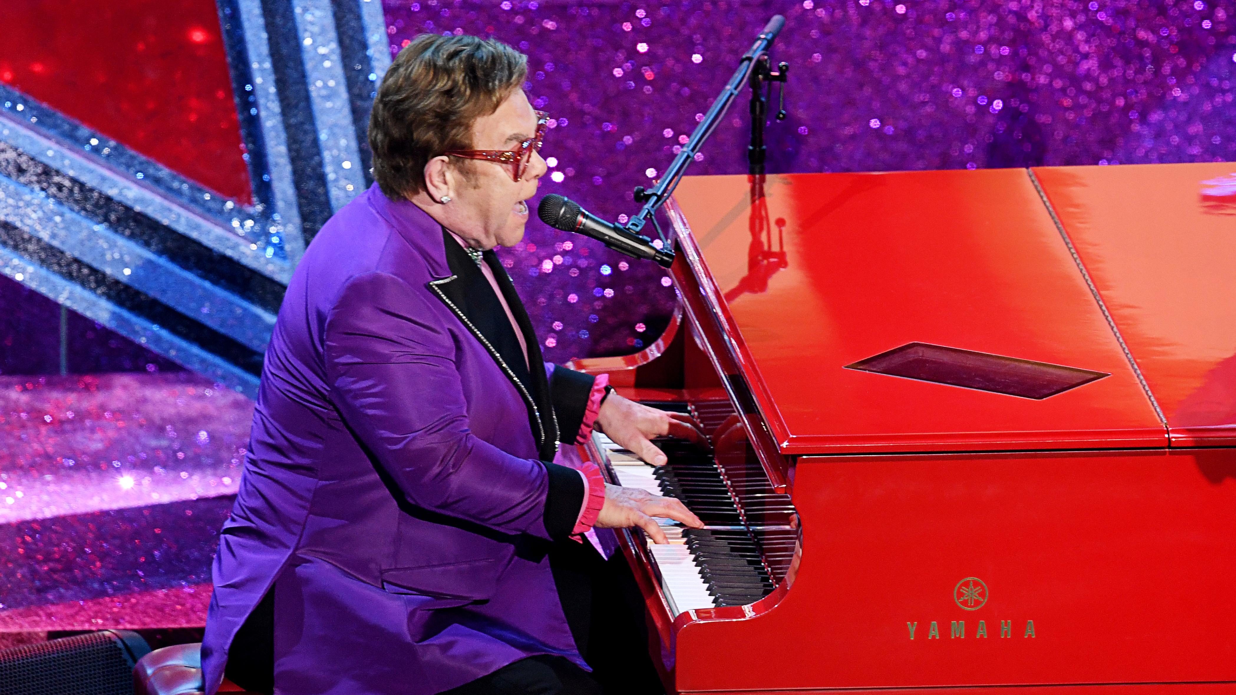 Pneumonia Forces Early End To Elton John Concert On His Farewell Tour