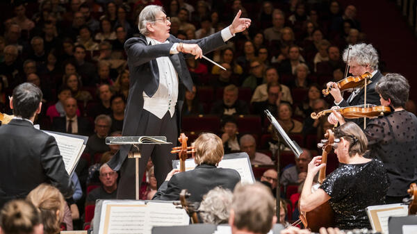 Sir John Eliot Gardiner and the Orchestre Révolutionnaire et Romantique are performing all nine of Beethoven
