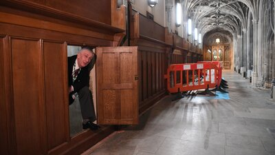 Long-Forgotten Secret Passageway Discovered In A Wall At U.K. Parliament