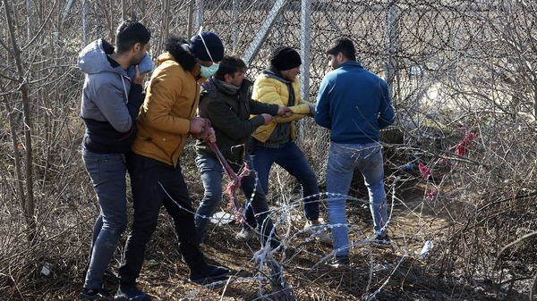 Migrants Again Try To Leave Turkey For Europe, But This Time The Gate Is Closed