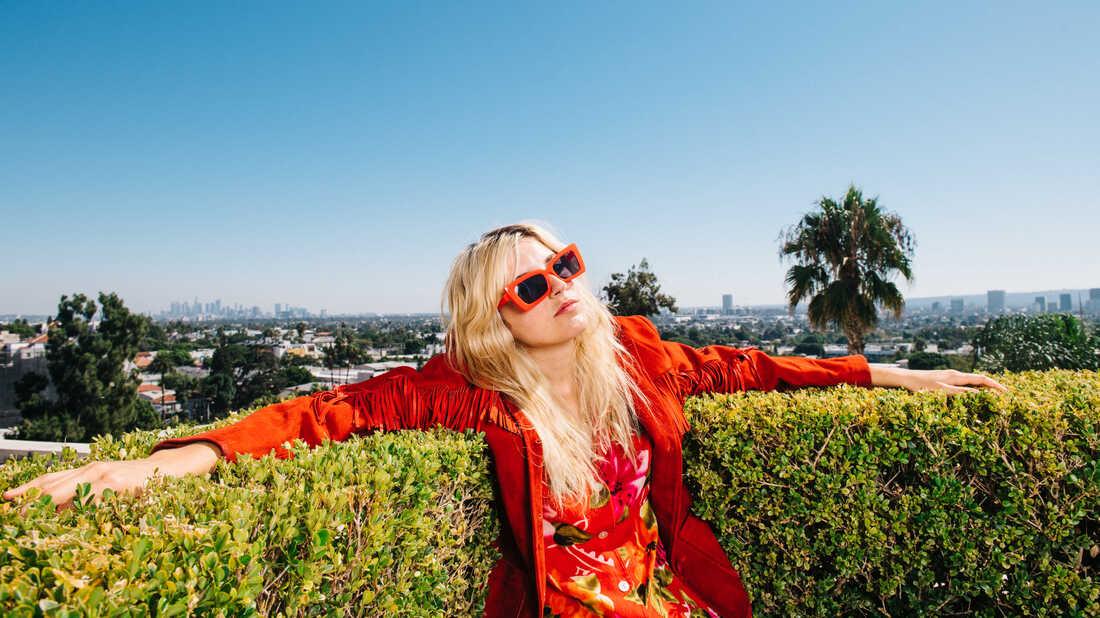 Future 'Superstar' Caroline Rose On Confronting The Pitfalls Of Fame