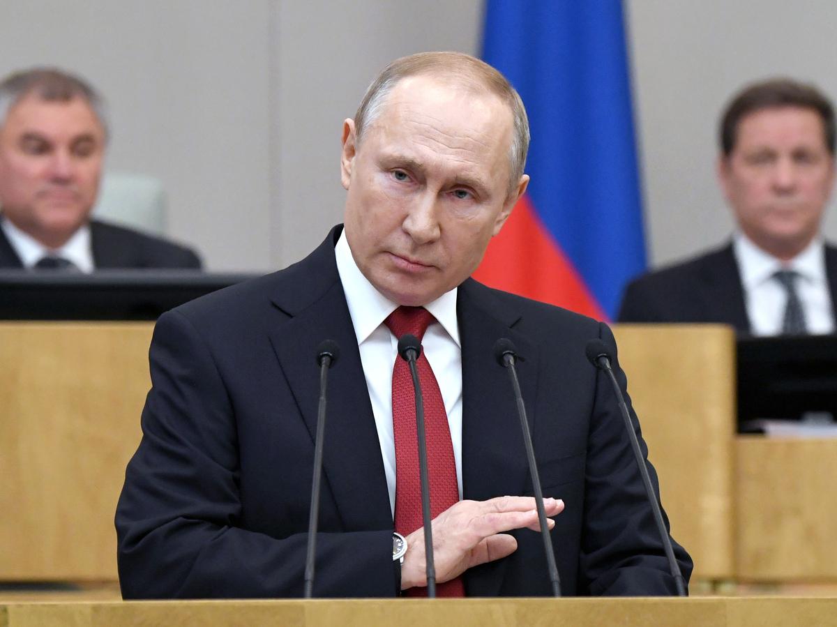"""Путин может остаться президентом до 2036 года """"Царский режим"""""""