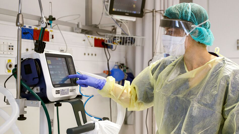 A demonstration of a ventilator for future patients with coronavirus at Samson Assuta Ashdod University Hospital in Ashdod, Israel. (Jack Guez/AFP via Getty Images)