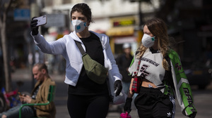 Israel Begins Tracking And Texting Those Possibly Exposed To The Coronavirus