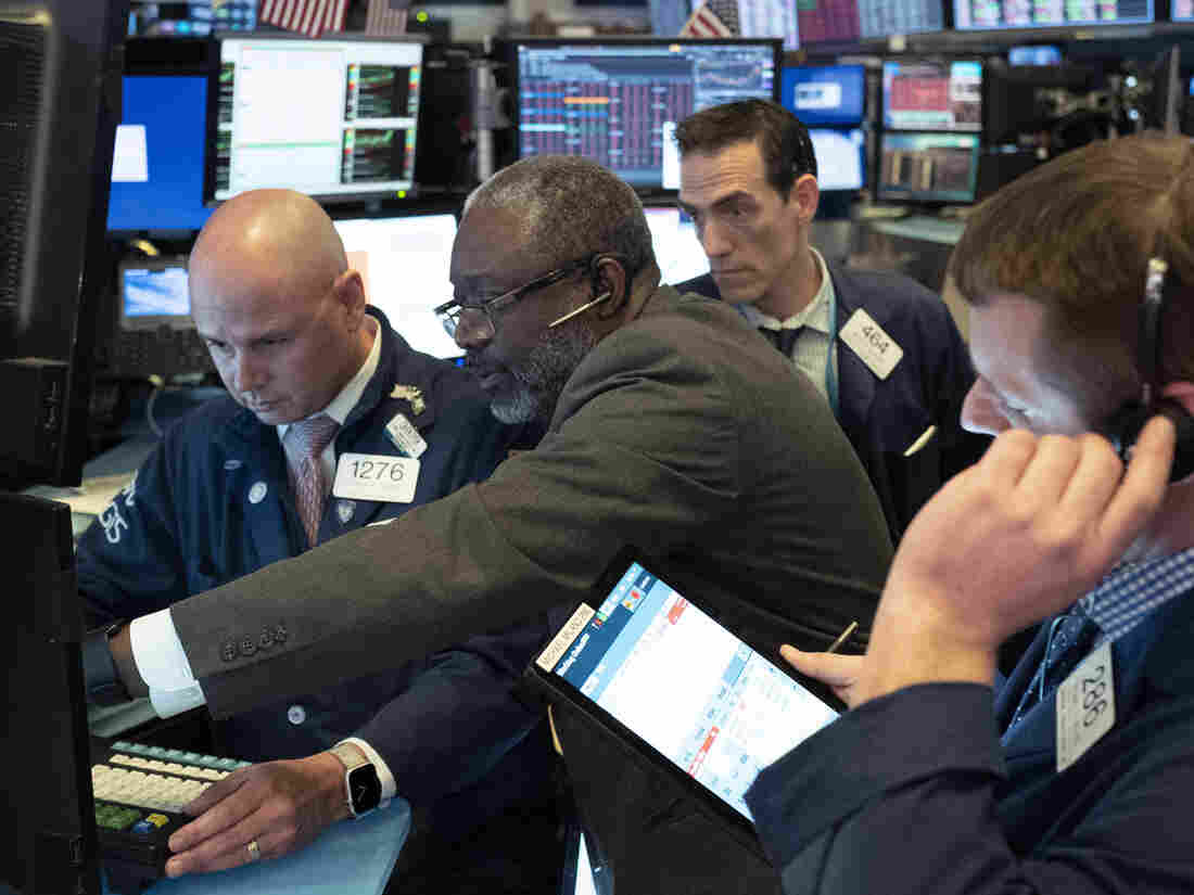 Dow ends 4.6% lower in latest United States stocks rout on virus hit