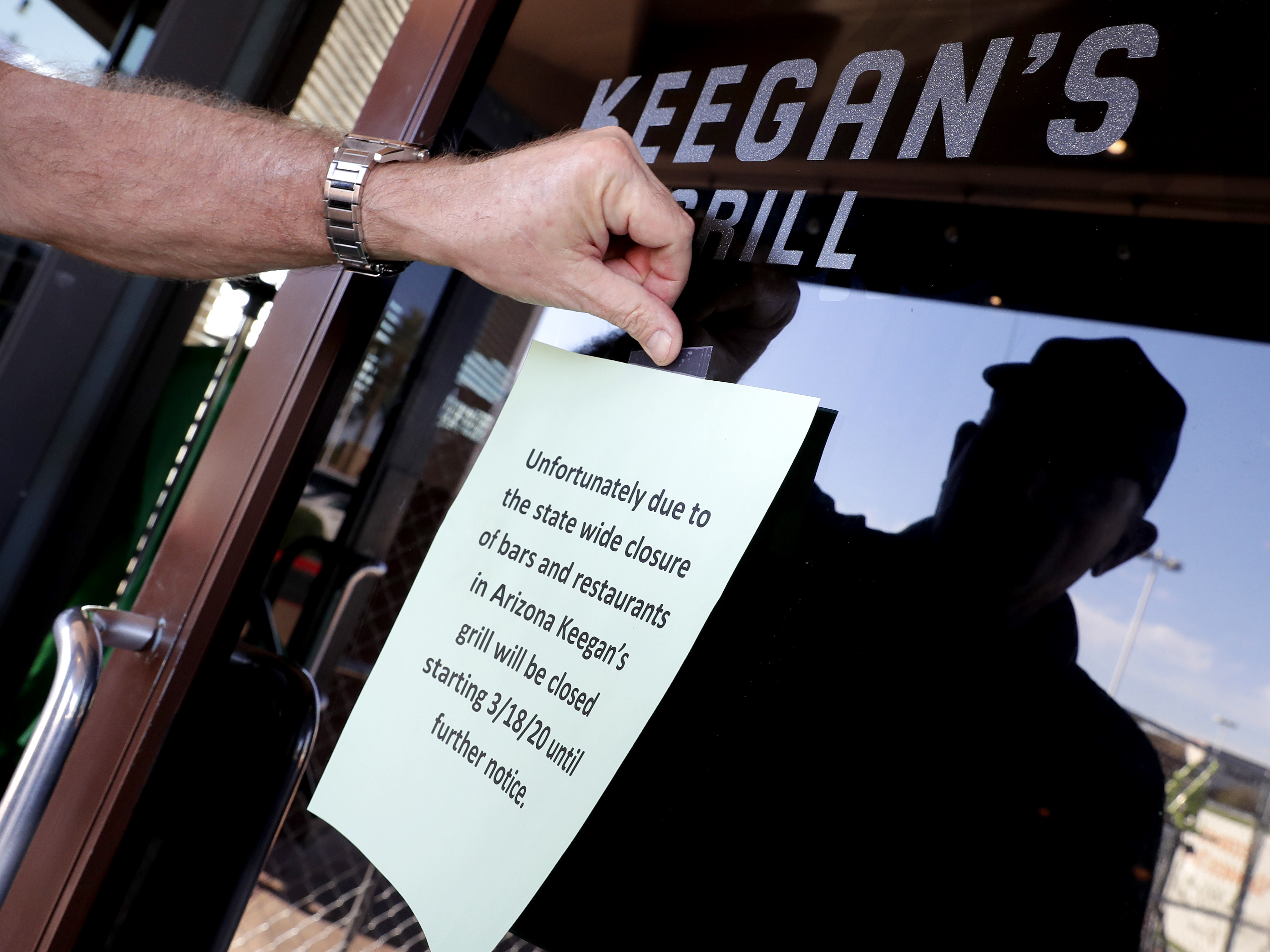 Closed All At Once: Restaurant Industry Faces Collapse