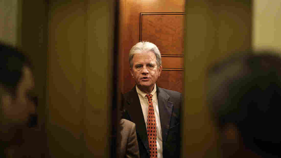 Former Oklahoma Senator Tom Coburn Dies at 72