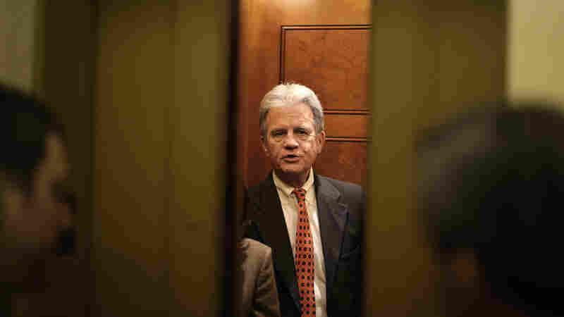 Former Sen. Tom Coburn, Fiscal Hawk And 'Dr. No,' Dies At 72