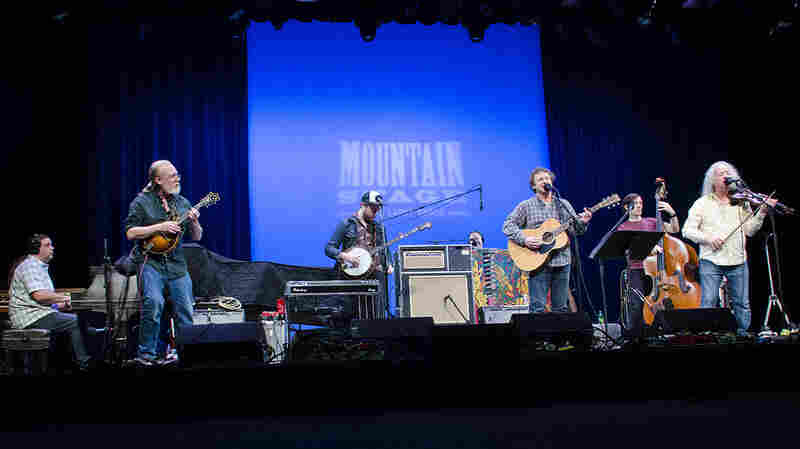 Railroad Earth On Mountain Stage