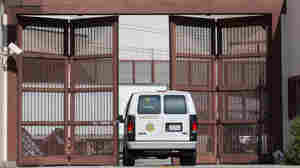 Advocates: Inmates Released Early Due To Pandemic Need Help To Safely Shelter