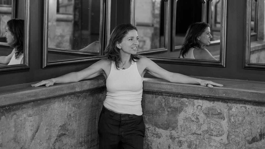 Ani DiFranco On Keeping Up With The News, Bike Rides And Making Space To Evolve