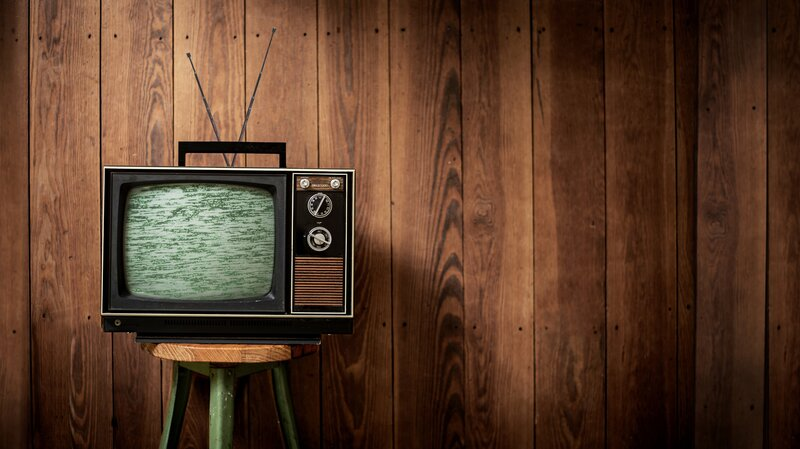 A nova tendência de retornar aos antigos favoritos (TV, livros e música)