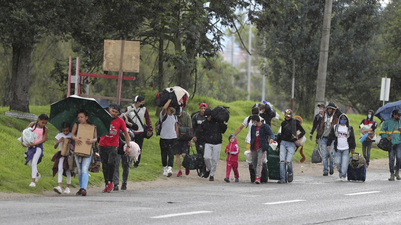 Thousands Of Migrants Head Back To Venezuela To Flee Colombia's COVID-19 Lockdown