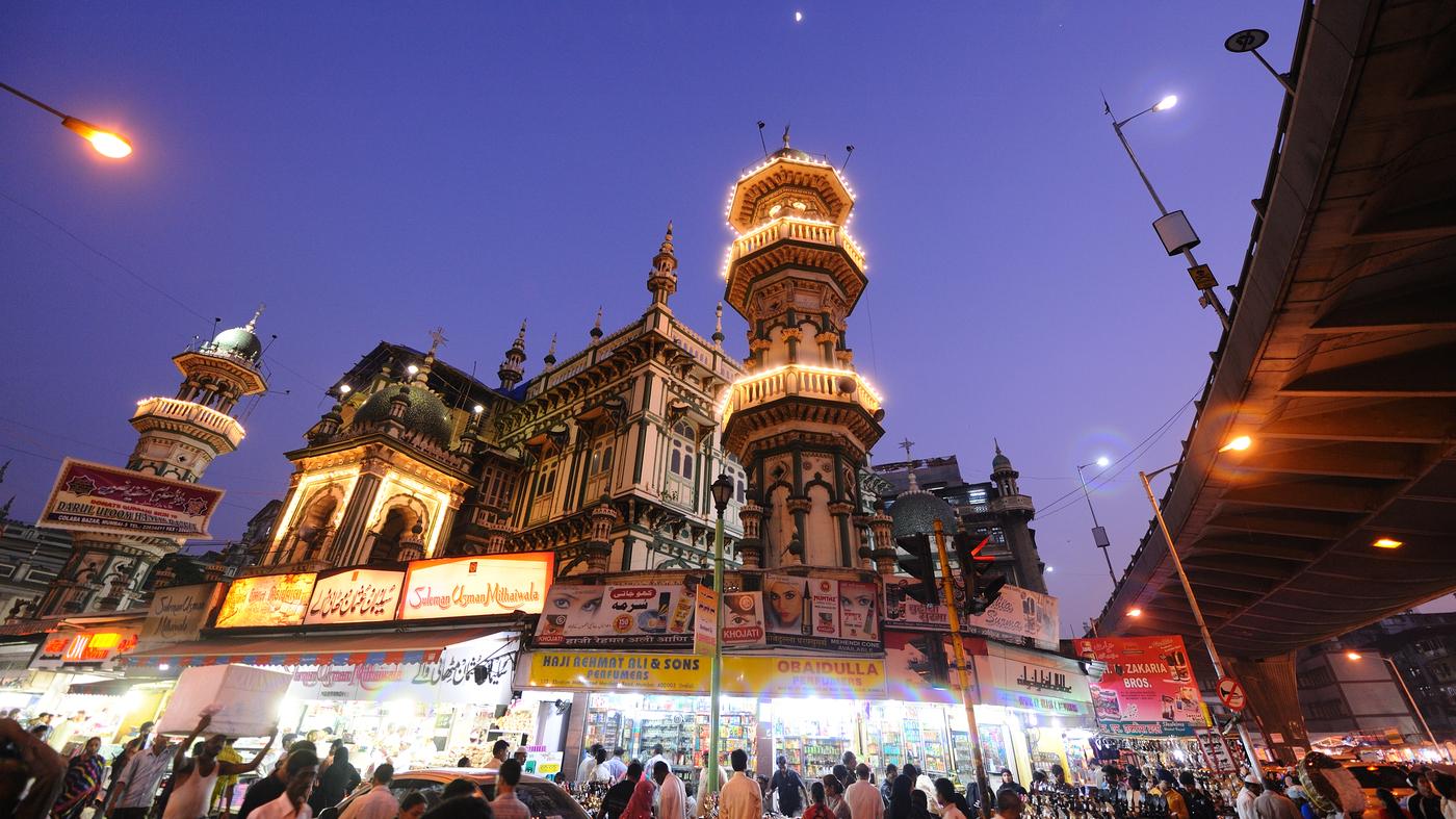 Coronavirus Closes Mumbai's Historic Ramadan Food Bazaar On Mohammed Ali Road : Coronavirus Live Updates - NPR