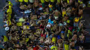 As COVID-19 Fears Grow, 10,000 Prisoners Are Freed From Overcrowded Philippine Jails